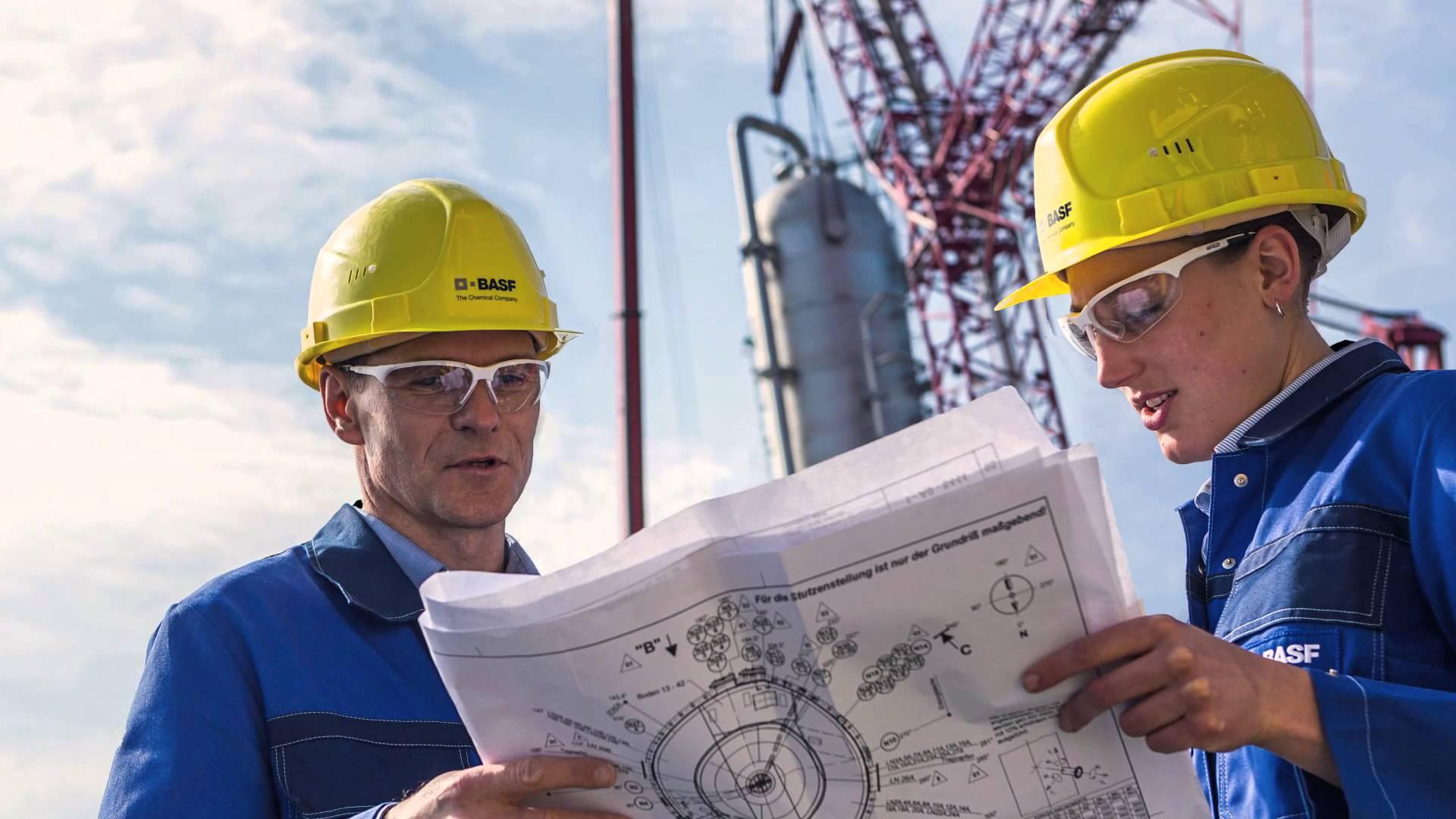 Изображение - Самые востребованные и высокооплачиваемые профессии в россии engineer-445