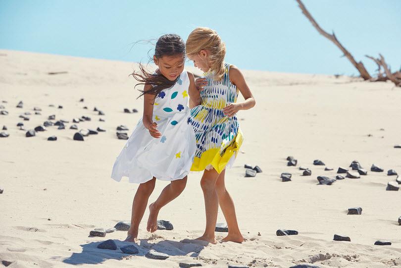 2018-04-28_13-03-35 Праздничные платья для девочек (81 фото): для маленьких, для подростков
