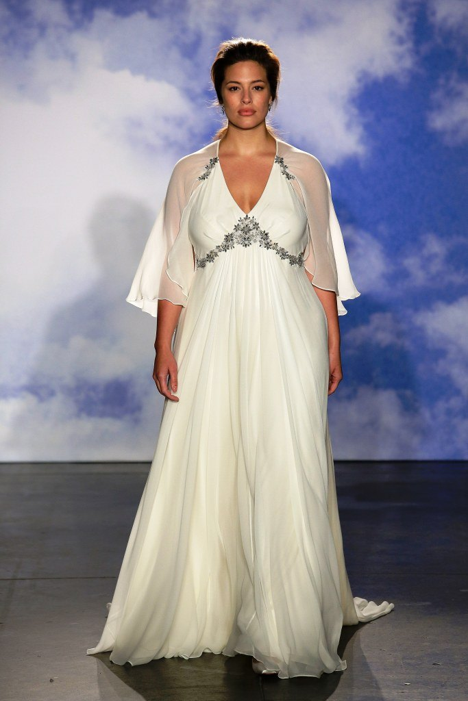 платья в греческом стиле для полных фото которое буквально тает