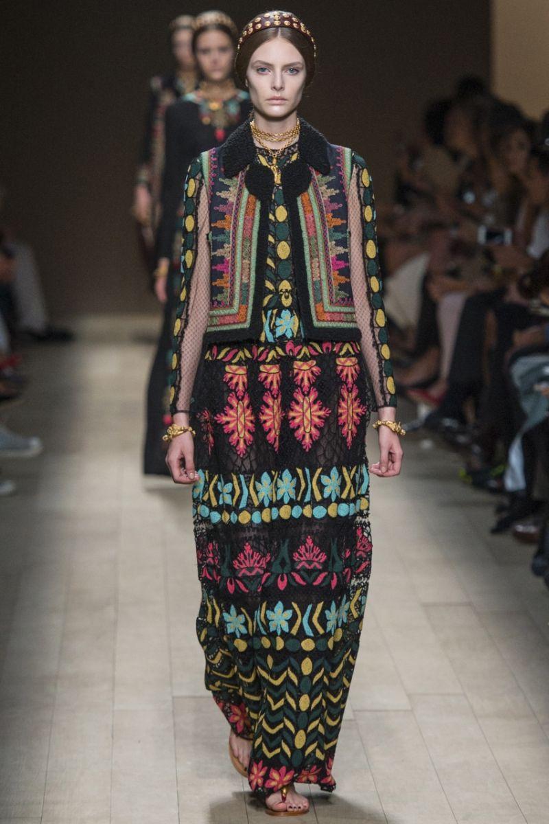 современная и модная этническая одежда с фото планы проектов