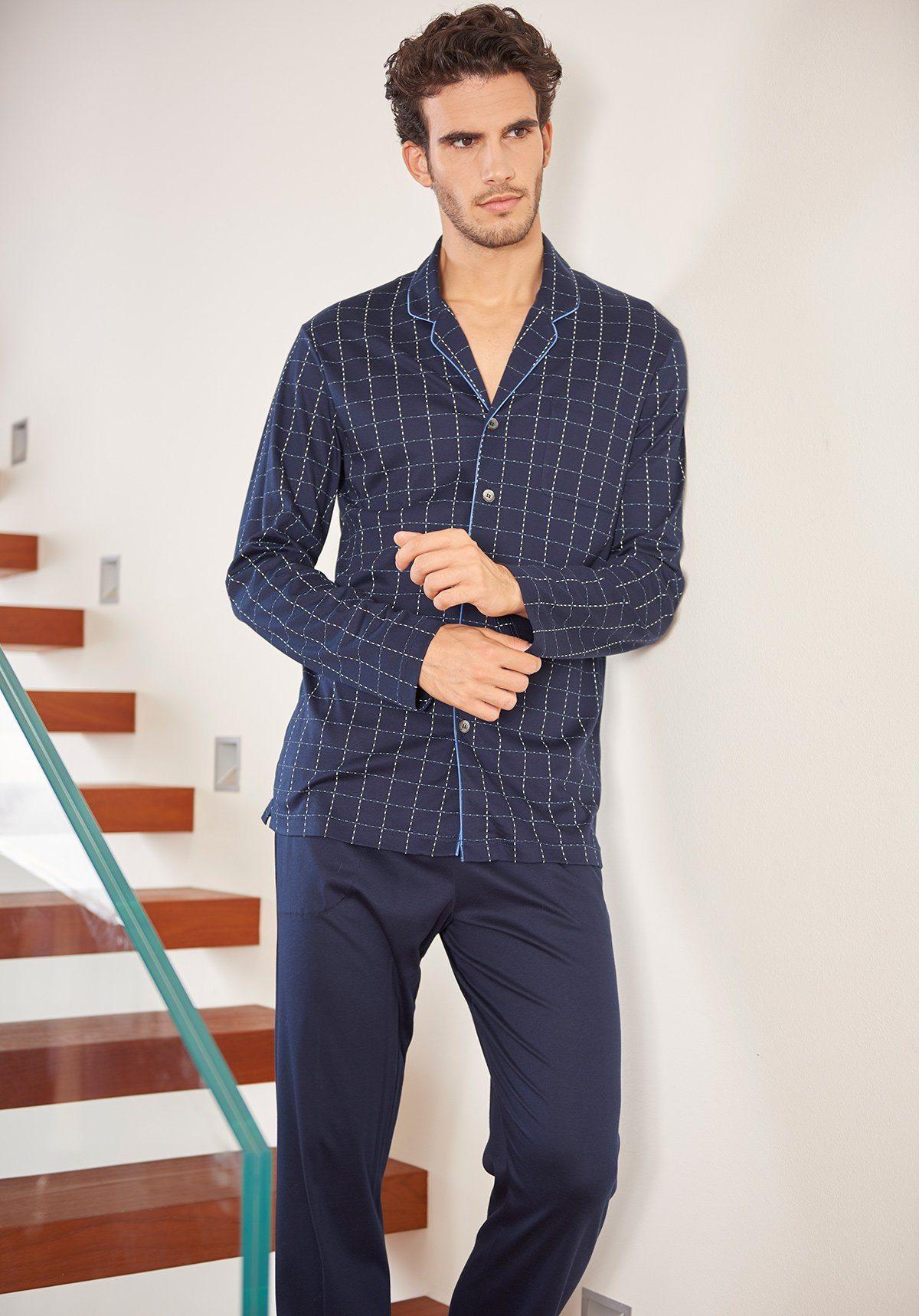 Мужские пижамы: Разнообразие фасонов, комфортные варианты и самые красивые фото изоражения