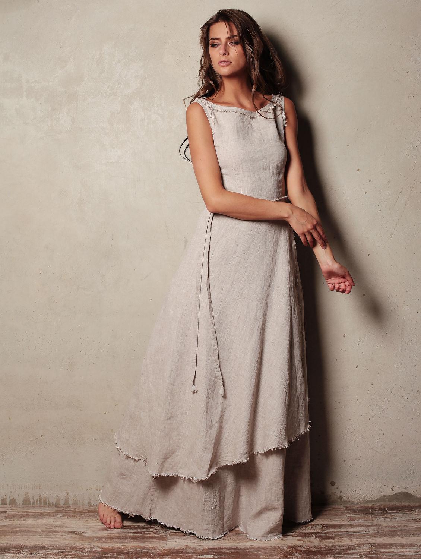 88b46a55c Особенности льняной ткани накладывает определенные ограничения на стили и  фасоны платьев. Чаще всего льняные платья выполняются в свободном простом  крое ...