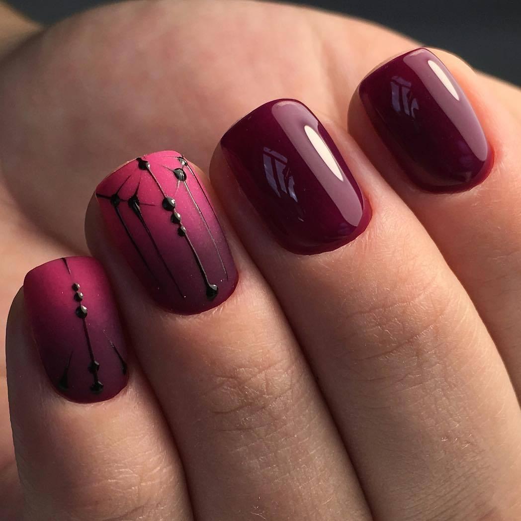 Если вы ищете осенний маникюр на короткие ногти, то металлический дизайн ногтей как раз то, что нужно!