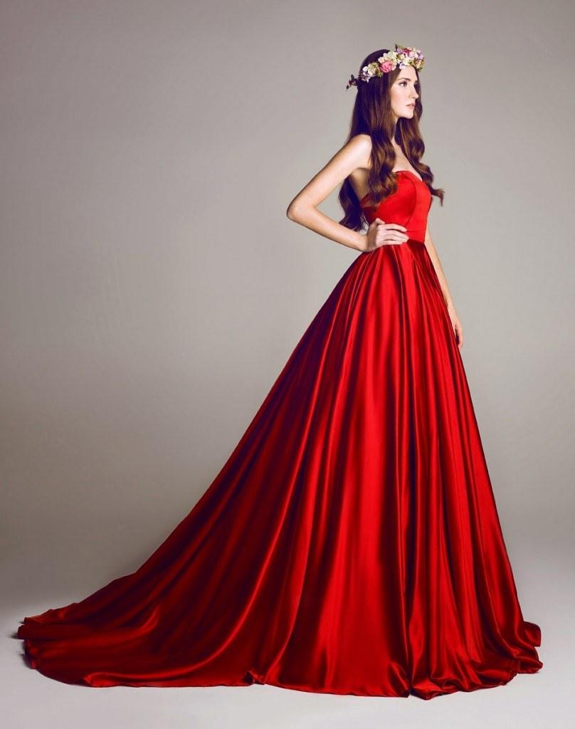 08aec35508b8 Røde brudekjoler  70 + charmerende stilarter til brude