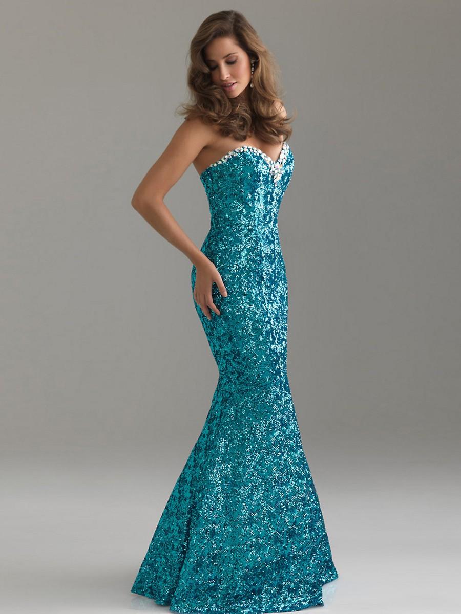 Εξαιρετική φόρεμα χορού το έτος  70 + chic ρούχα για τον εορτασμό e03eaebc972