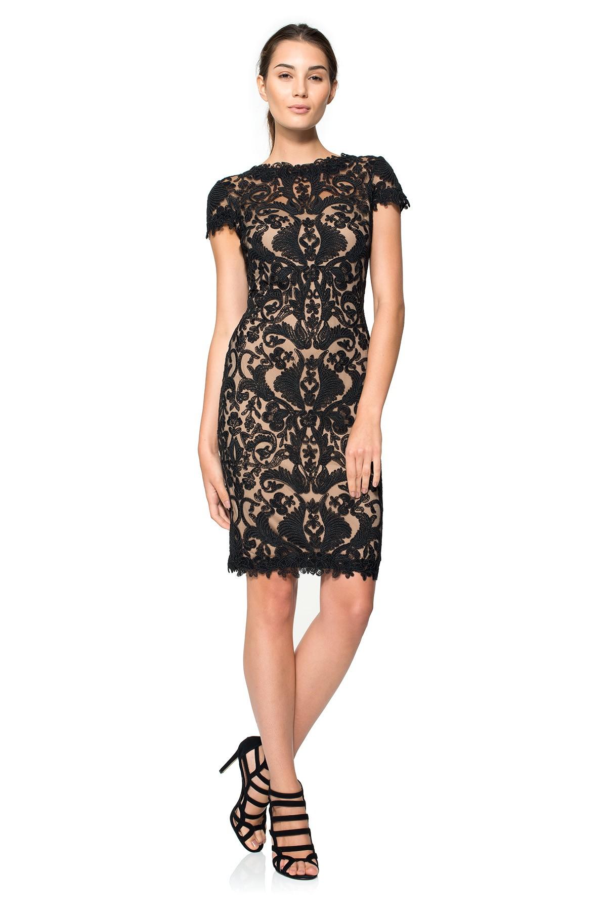 204623d19ae Черные кружевные платья  100+ вариантов шикарных фасонов и сочетаний