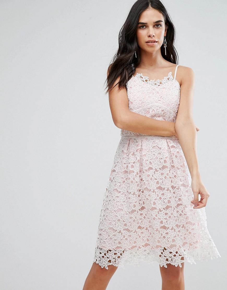 Белое платье и туфли (67 фото): какое надеть с красными, белыми ...   1110x870