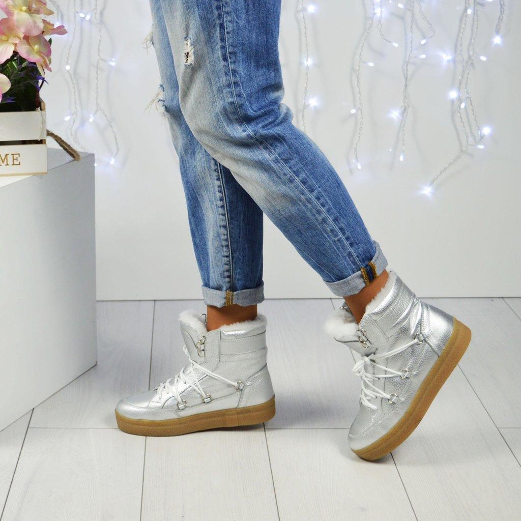 539ae8c5d Брутальная обувь, внешне похожая на мужские ботинки, добавит образу  хрупкости и сексуальности. Для идеального образа важно выбрать модель  одновременно ...