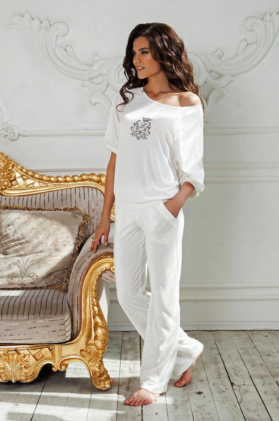 красивая одежда для девушек на работу