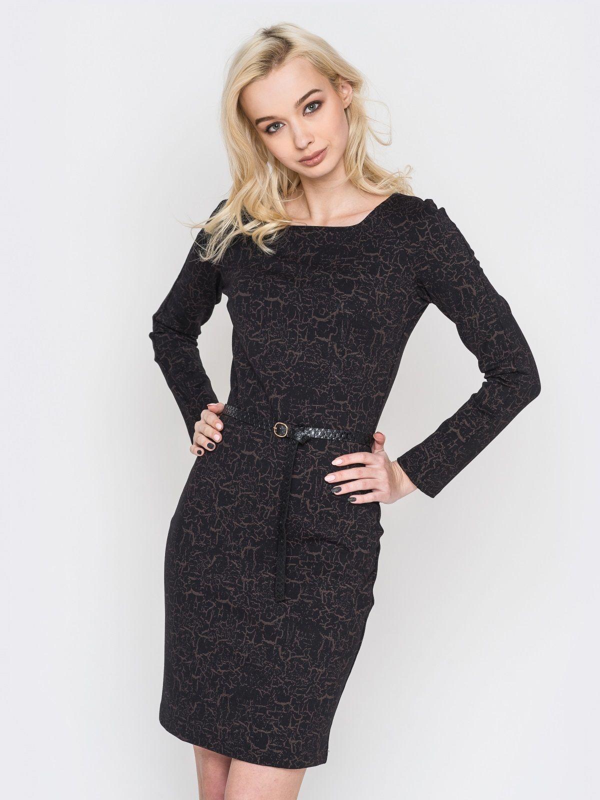 74240c3cbf5 В повседневных луках допускается сочетание черного трикотажного платья с  аксессуарами серо-голубого