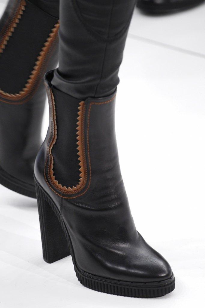 8b8d41c2e47b Žiadny módny obrázok nemôže robiť bez štýlovej topánky. Nie je to len  praktický a potrebný detail každého šatníka