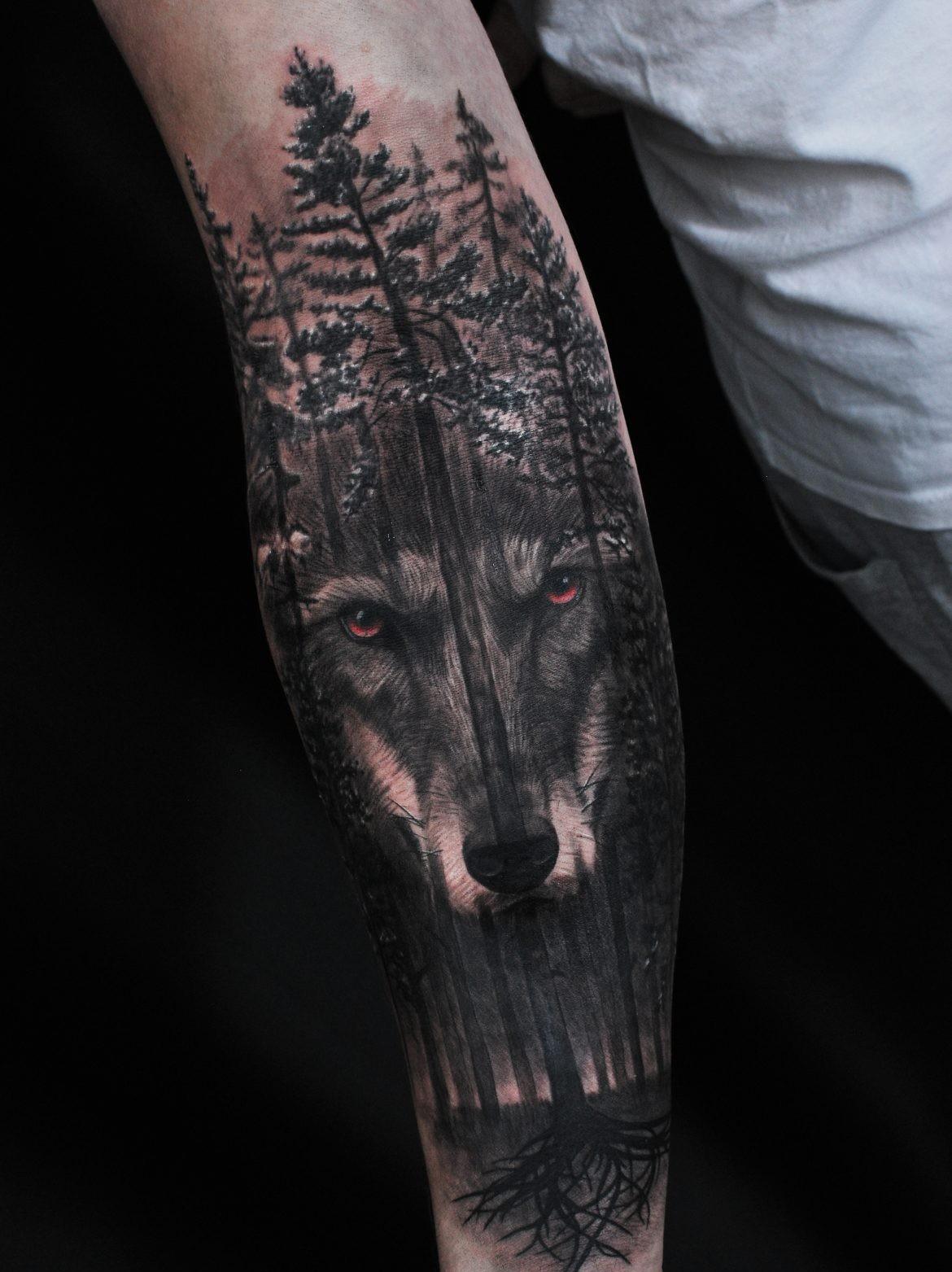 лес и волк