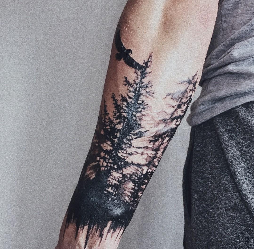 лес с орлом