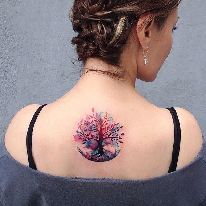 маленькая тату с деревьями