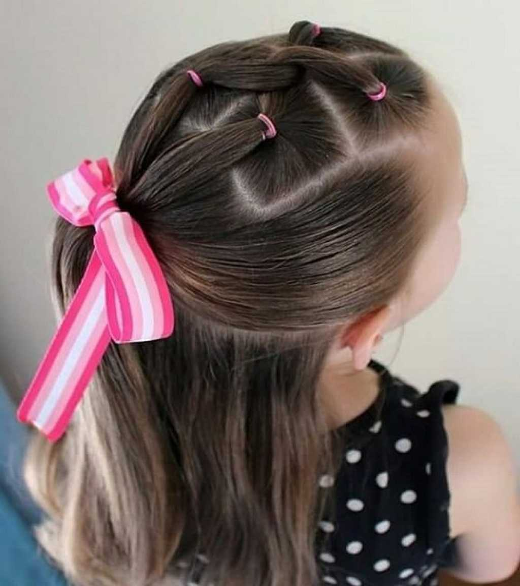 561579daf Легкие и красивые прически в школу: 100 идей для девочек на фото