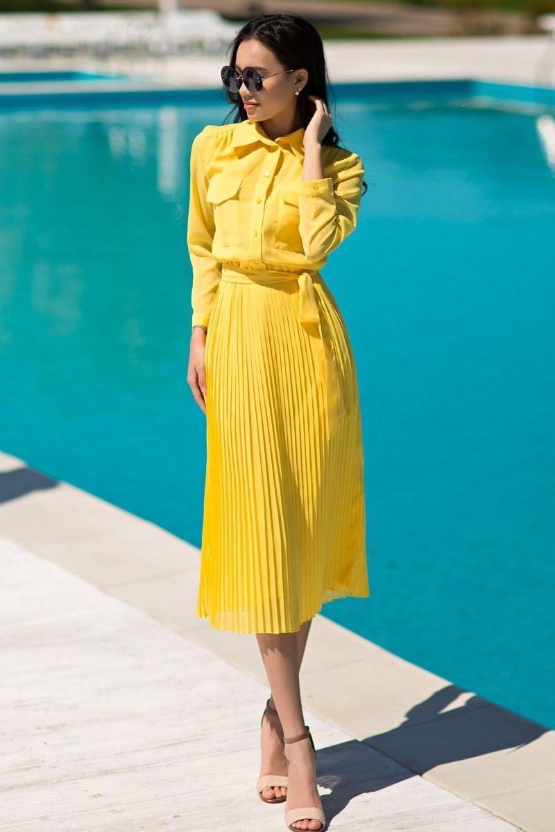e49ef9a193c Το κίτρινο σχέδιο χρωμάτων προκαλεί συγκρουόμενα συναισθήματα μεταξύ άλλων,  επομένως είναι σημαντικό να επιλέξετε το τέλειο στυλ, κοσμήματα και  αξεσουάρ.