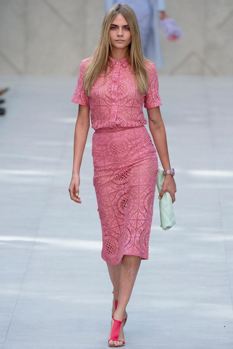 2cdf447c7e5c Dnes oblečenie v elegantnej ružovej farbe - výber štýlových dievčat