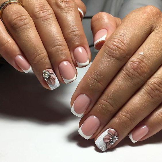 fa661d84605 100 фото новинок  Френч с рисунком 2019 - лучшие идеи дизайна ногтей
