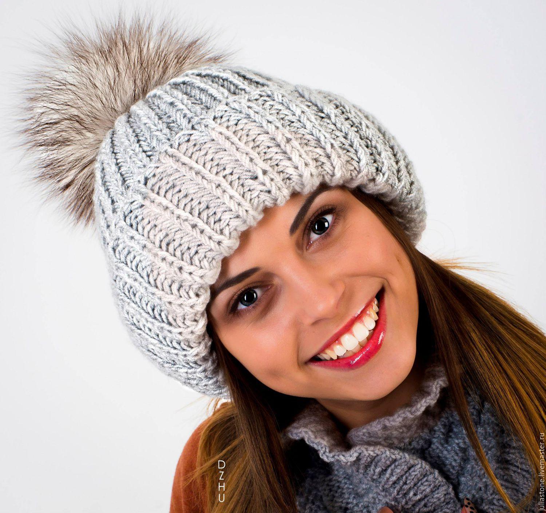 Женские шапки  актуальные тренды вязаных шапок 2019 года 35a8c9e0c016f