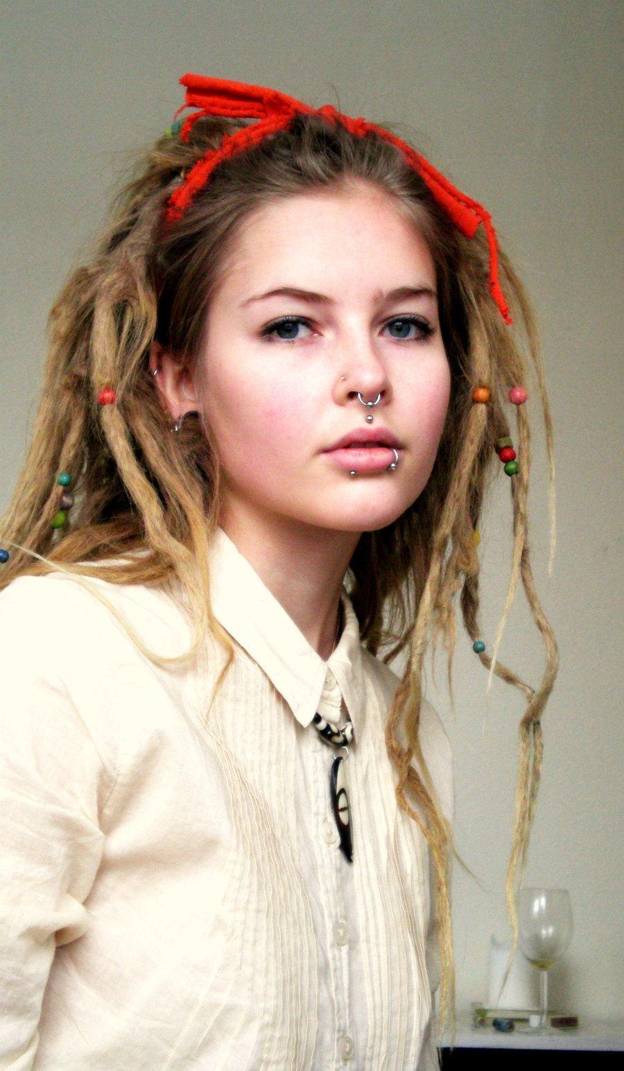 Женские дреды: стоит ли делать, 70 вариантов нестандартного образа