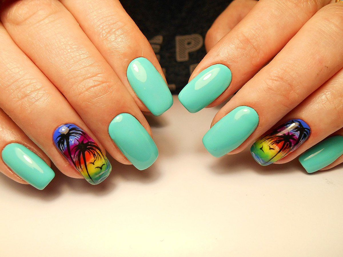 Темно синий маникюр на коротких ногтях фото можно