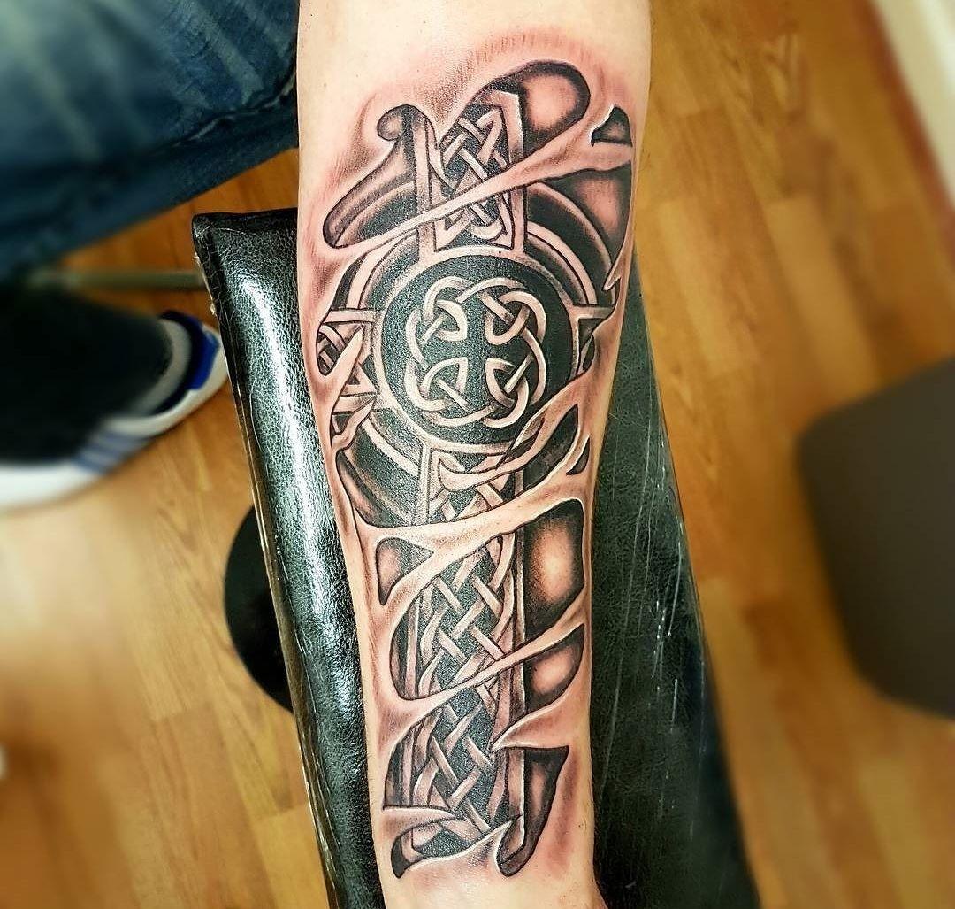 Di moda кельтские татуировки