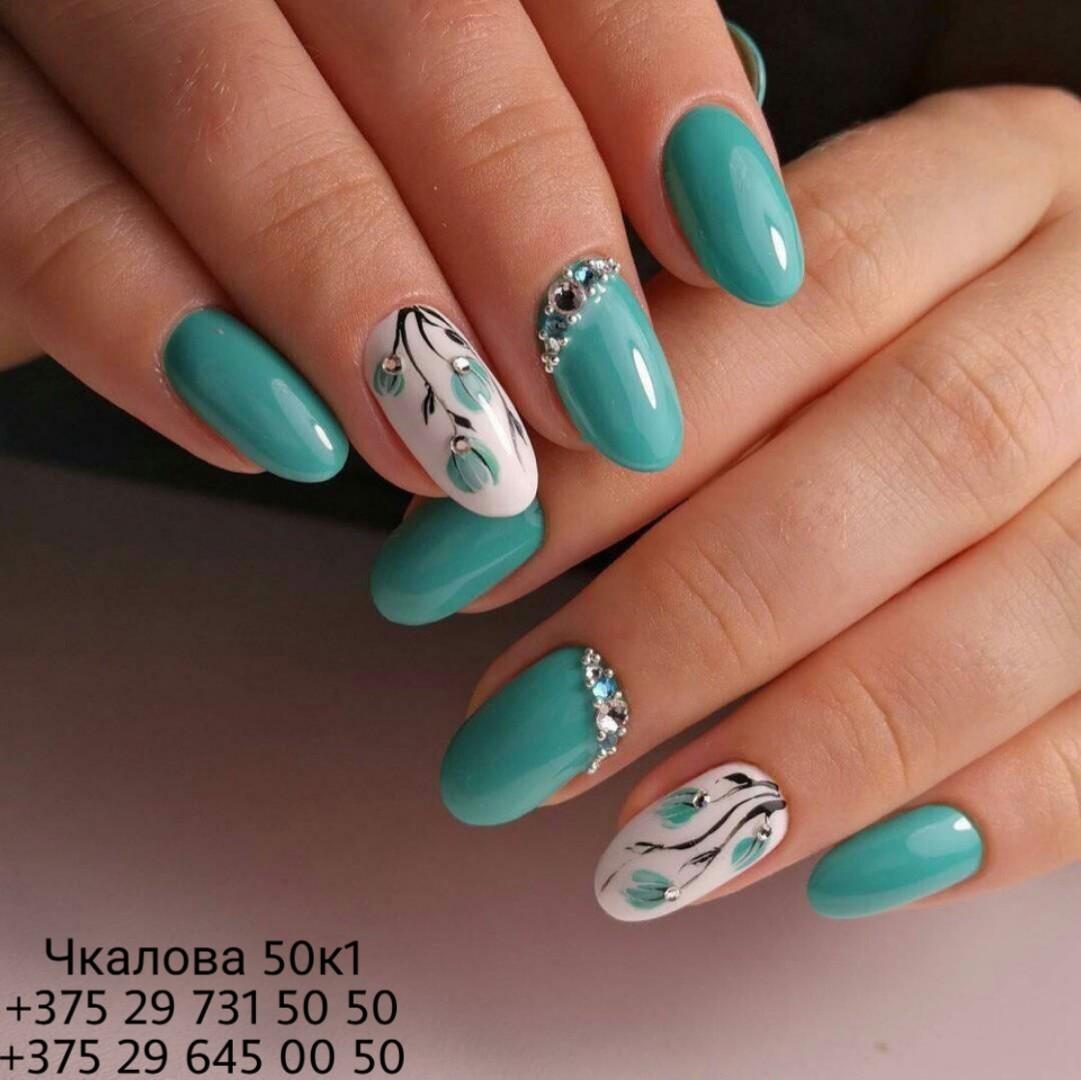 Ногти дизайн в мятном цвете