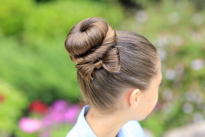 N0A4517 Легкие и красивые прически в школу: 100 идей для девочек на фото