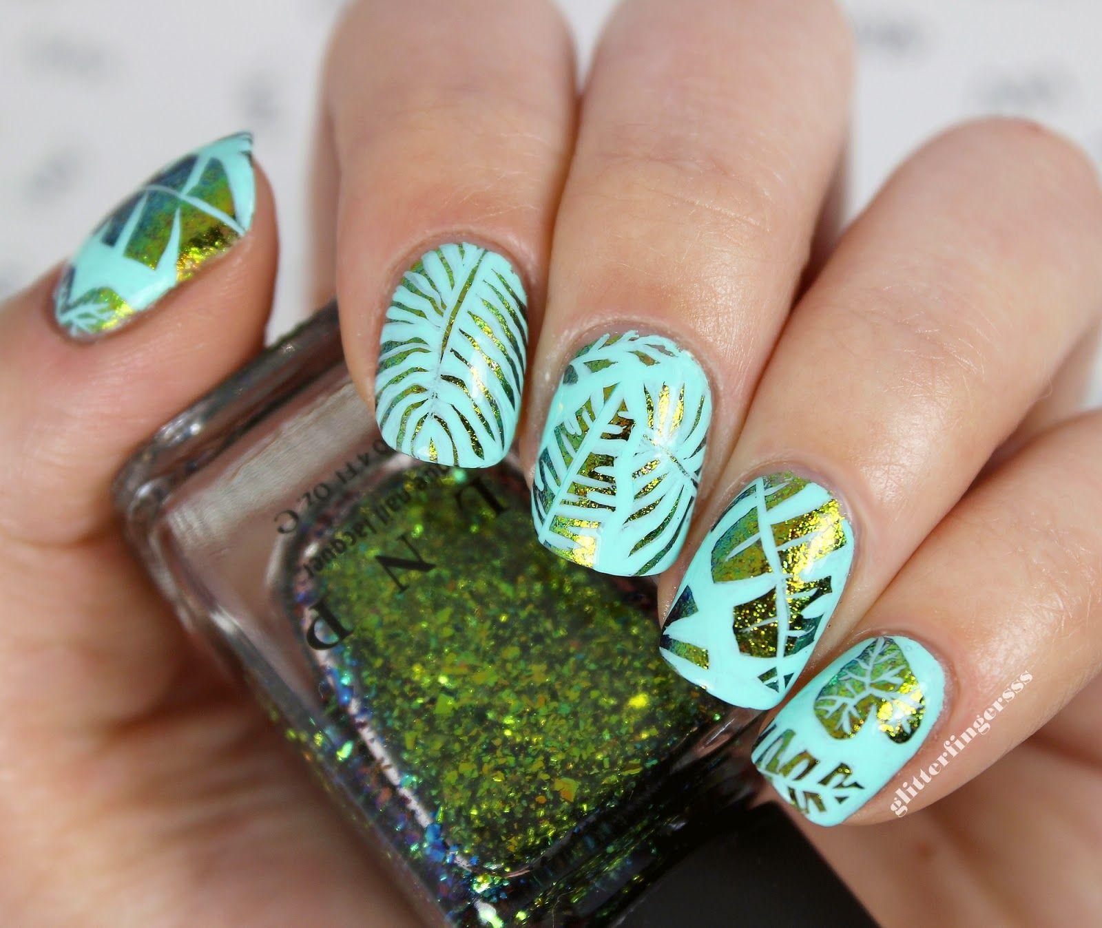 Дизайн ногтей водоросли фото