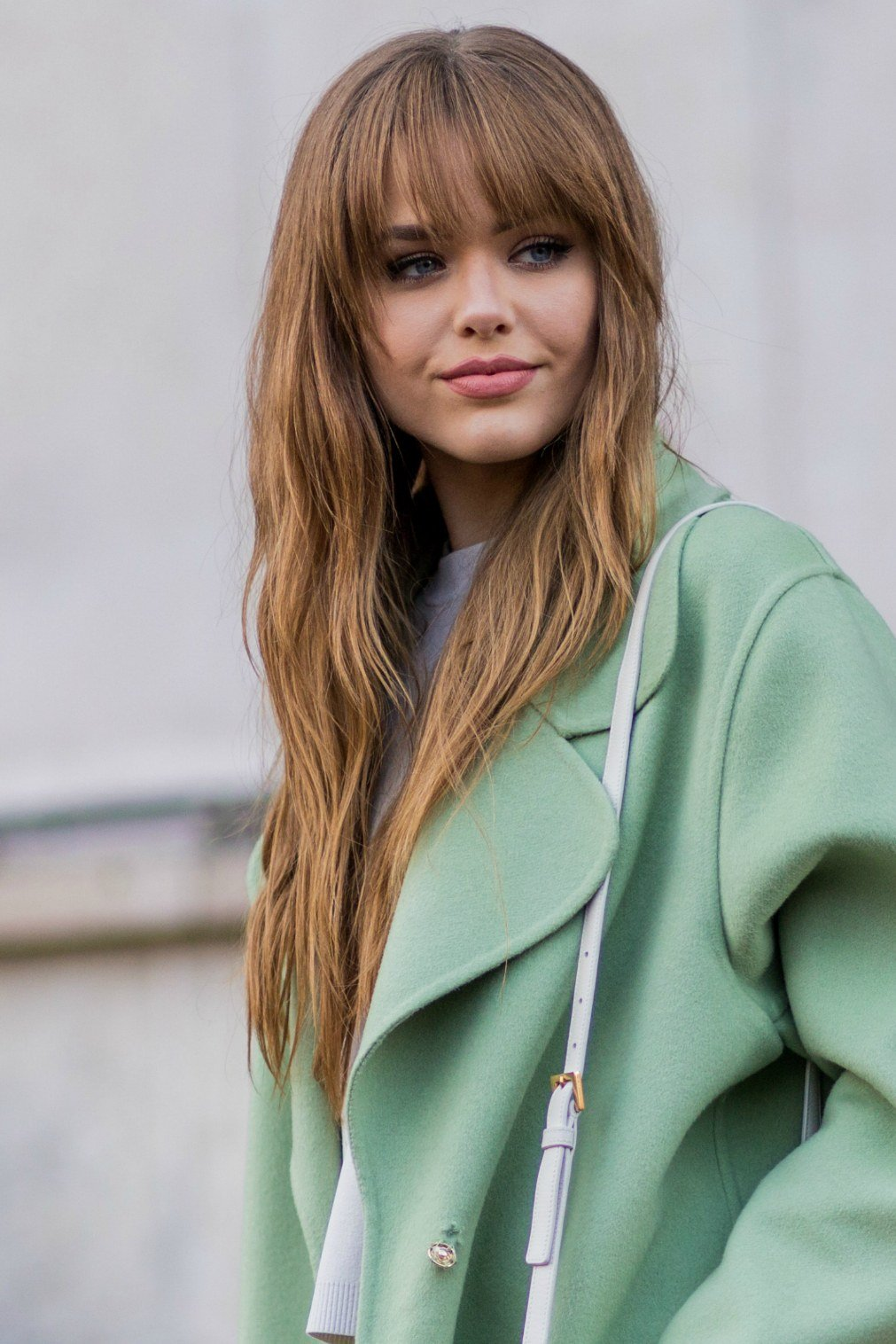 Мода на стрижки может меняться каждый год, а то и чаще, но мода на здоровые волосы будет всегда, поэтому не забываем укреплять волосы, подпитывать их и заботится о них каждый день:.