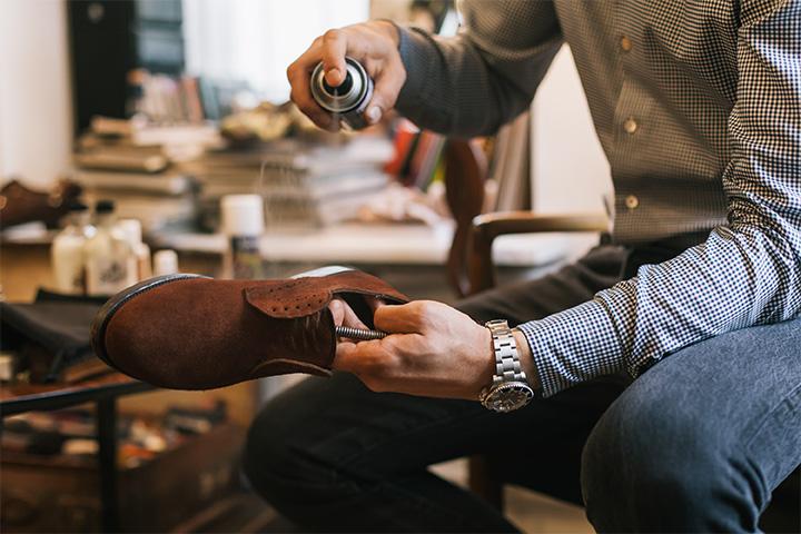 Водоотталкивающая пропитка для обуви: разновидности, какие лучшие