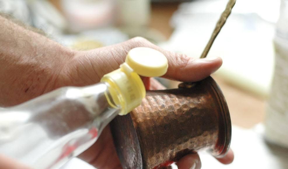 Чистка бронзы в домашних условиях