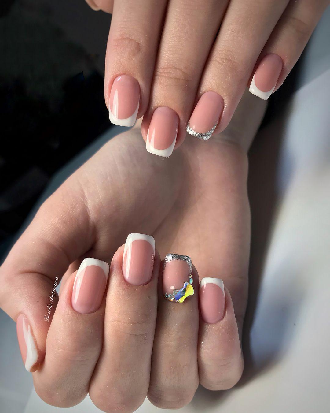 Френчи на ногтях с блестками