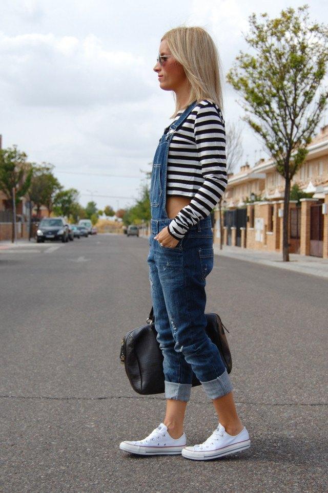 рваные джинсы под высокие кеды фото материал может быть
