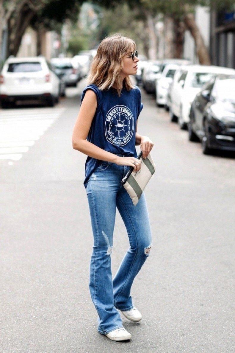 для фото кеды с джинсами как
