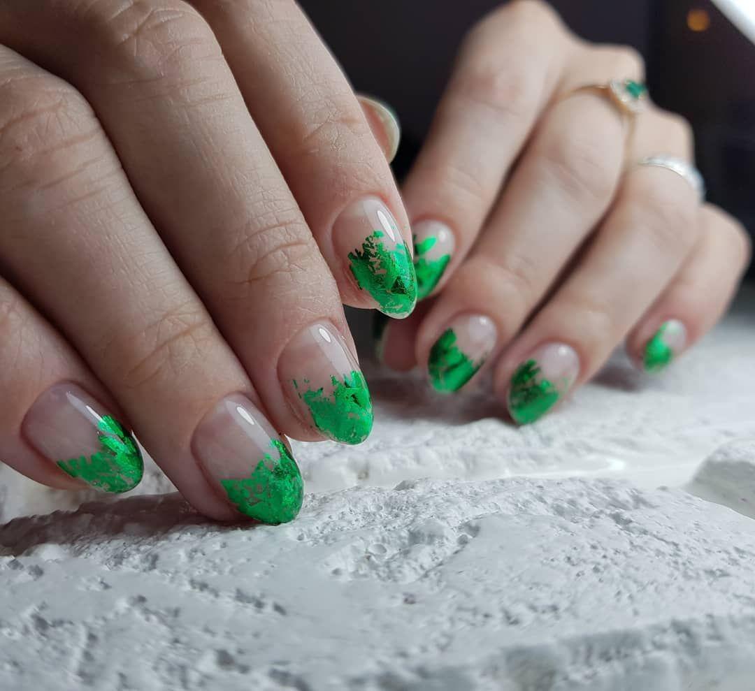 фото весенних ногтей зеленого цвета вообще
