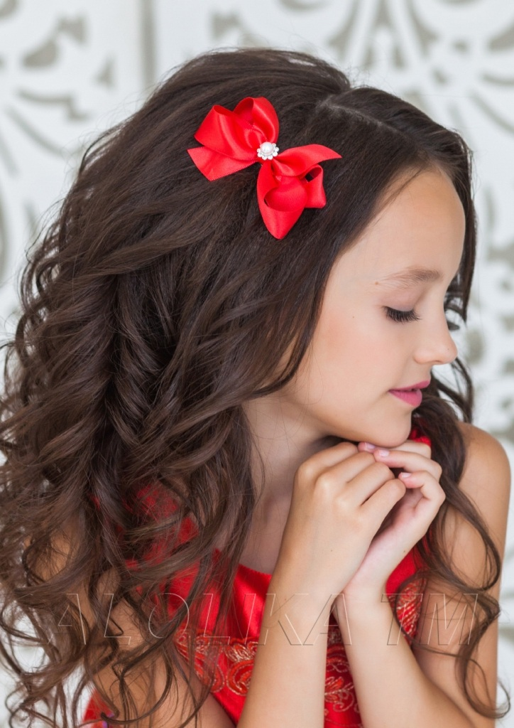 Модные прически для девочек на праздник: ТОП-8 простых и красивых укладок