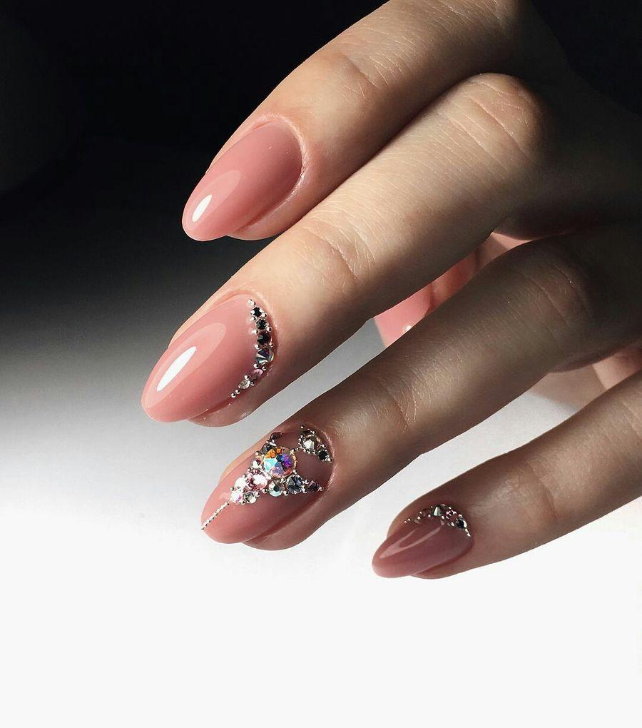 Дизайн ногтей со стразами в картинках просмотром, выбирайте
