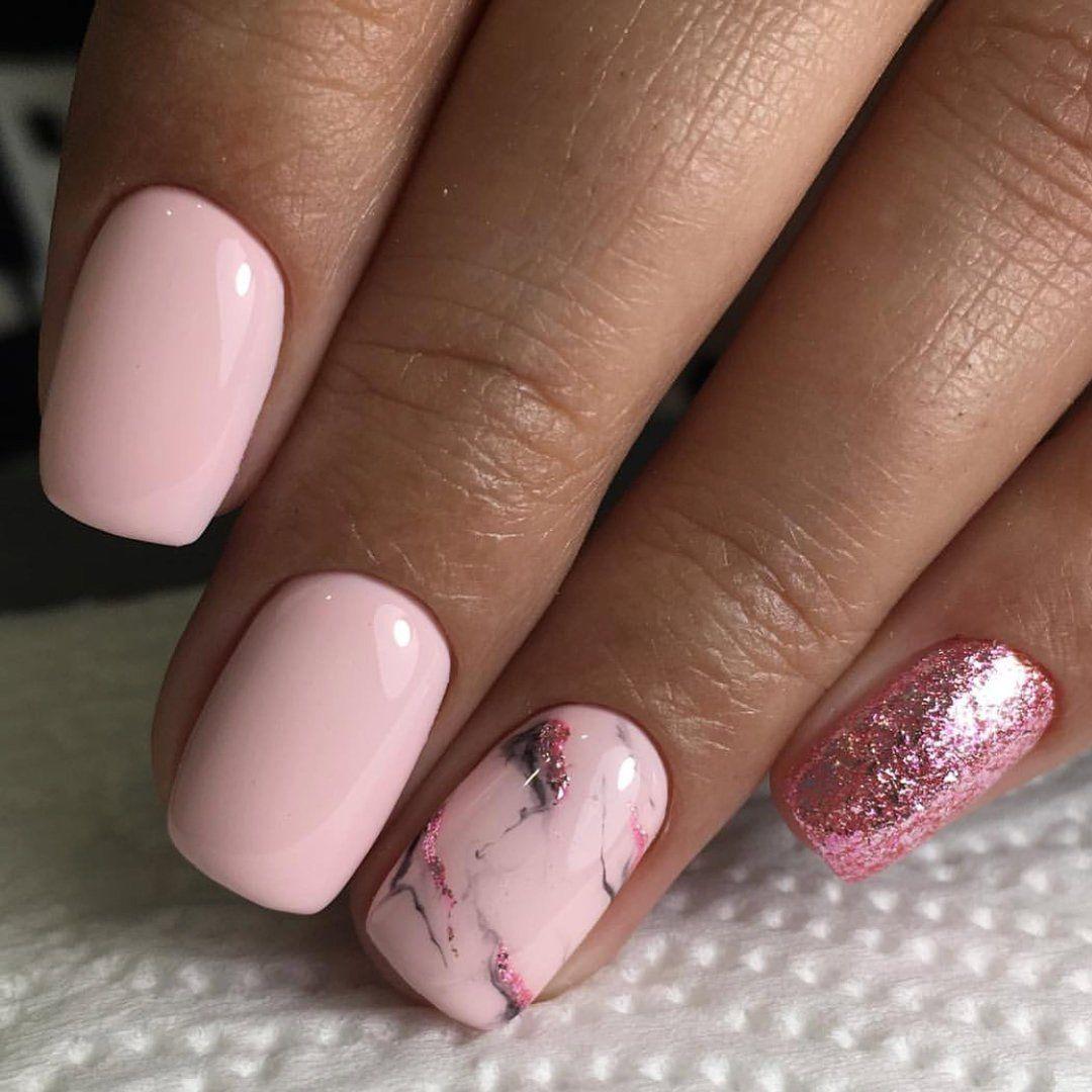Нежно розовый маникюр на короткие ногти фото
