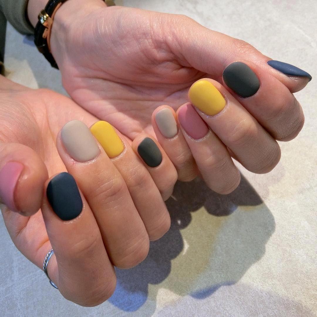 Модный маникюр на короткие ногти: 107 идей весеннего дизайна 2020