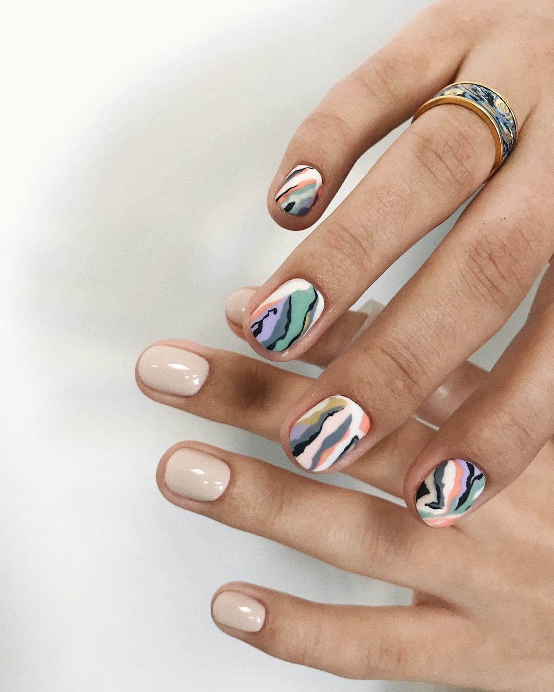 мухами дизайн ногтей абстракция фото годы