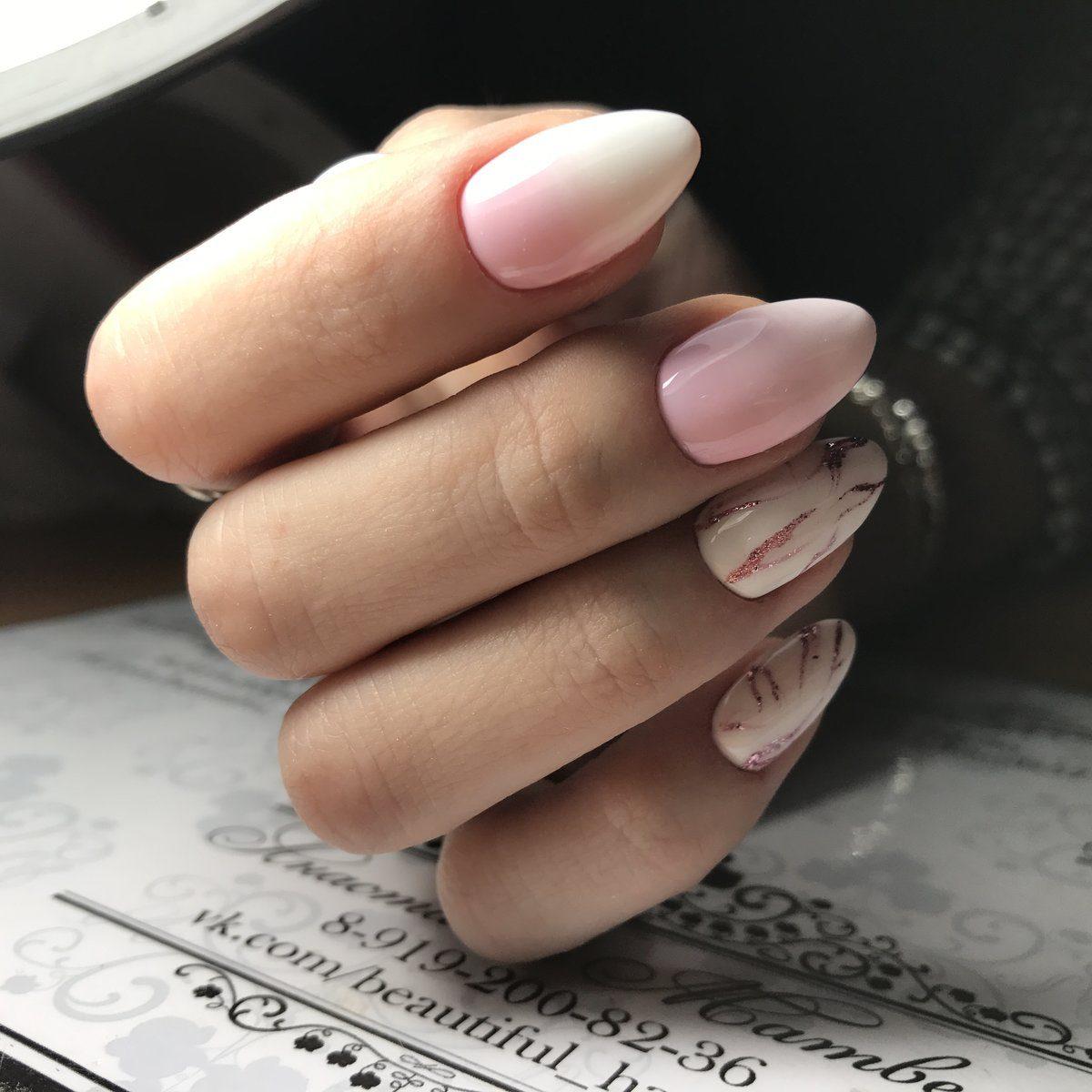 Нежный маникюр с блестками: ТОП-5 идей на каждый день
