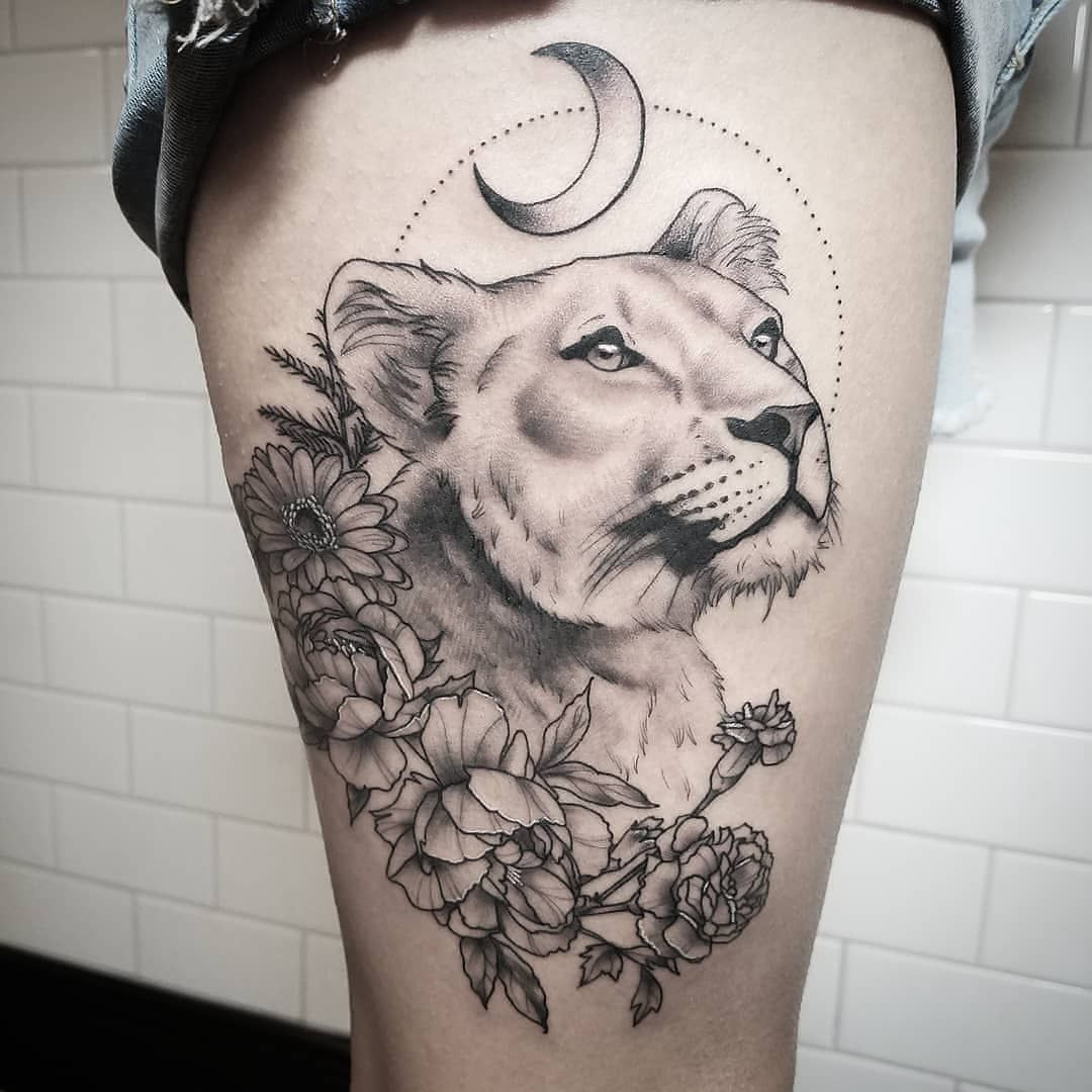 Стильные тату со львом: 70 шикарных идей для мужчин и женщин