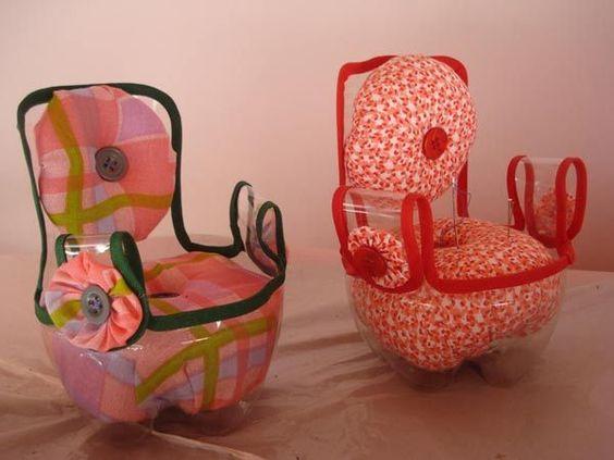 Мебель для куклы из пластиковой бутылки