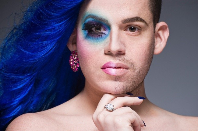 Фото трансвеститов в макияже