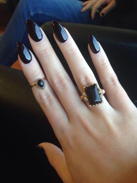 Черные ногти дизайн острые ногти