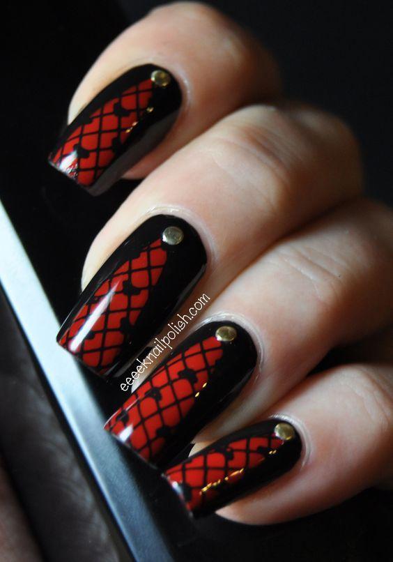 Маникюр красное с черным дизайн