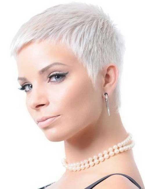 Показать женские стрижки коротких волос