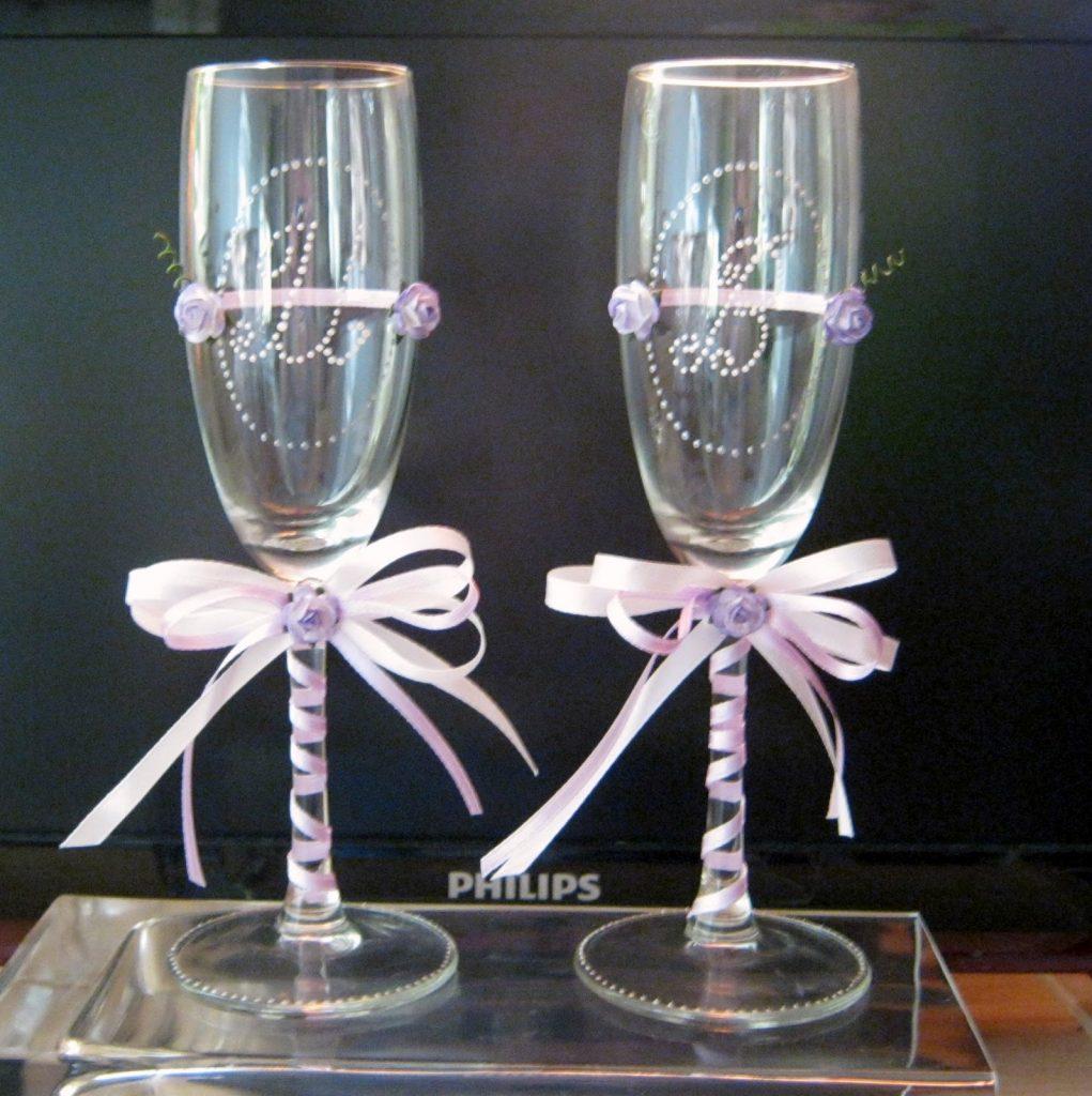 Разрисованные бокалы на свадьбу фото