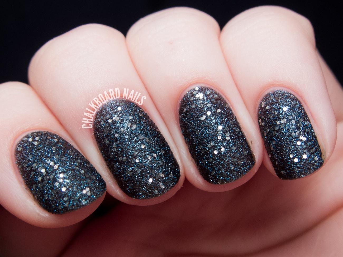 Маникюр ногтей с блестками на наращенные и короткие ногти. Как сделать 84